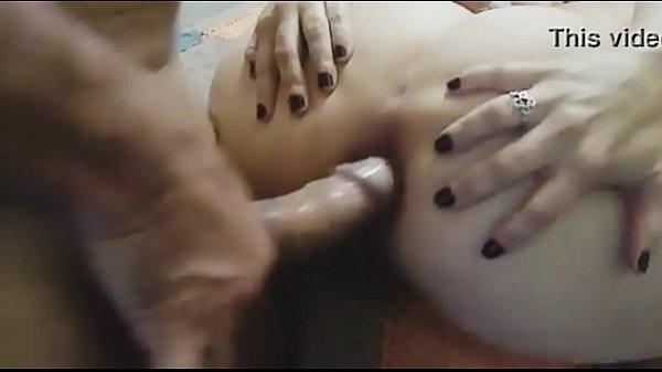 Esposa do corno levando rola no cu com vontade do amante comedor de mulher casada