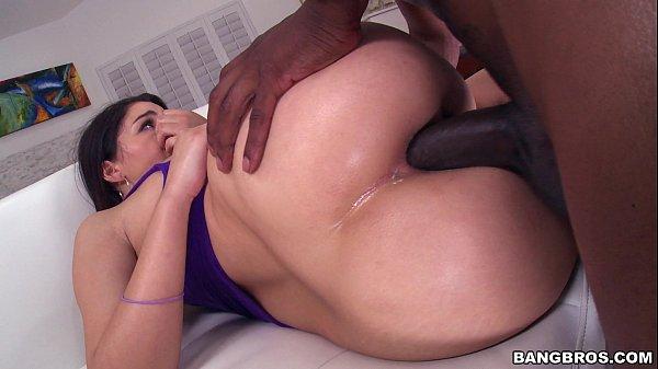 Xxvideos de sexo anal negão roludo comendo o cuzinho da vizinha tesuda
